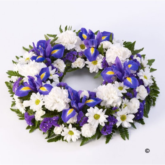 Classic Selection Wreath Blue and White