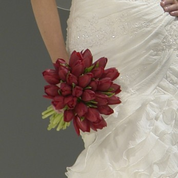 Red tulip bridal bouquet