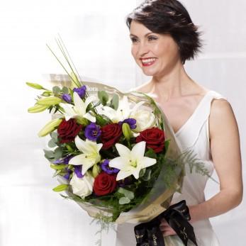 Vivid Elegance Presenation Bouquet